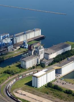 grain terminal in thunder bay